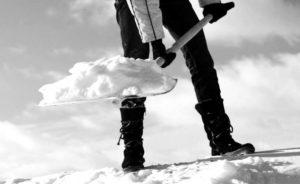 Måke snø vond rygg